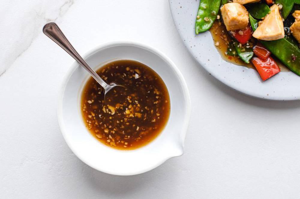 سس سیر چینی برای سیب زمینی سرخ شده و سبزیجات