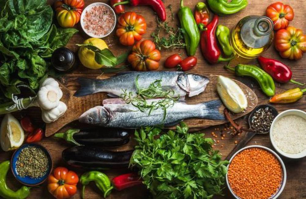 کدام مواد غذایی ممکن است خطر ابتلا به سرطان روده را کاهش دهند؟