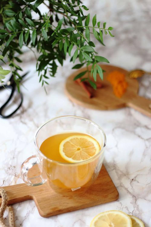چای زردچوبه ، نوشیدنی گرم ، سالم و تسکیندهنده